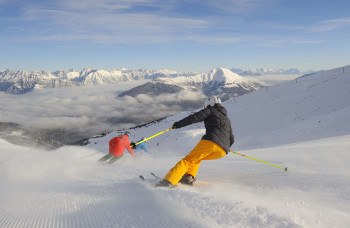 Enjoy great panoramic views whilst skiing in one of the most family-friendly resorts.