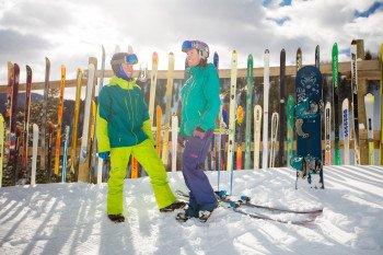Bei den täglichen Ambassador-Touren zeigen Einheimische interessierten Gästen das Skigebiet.