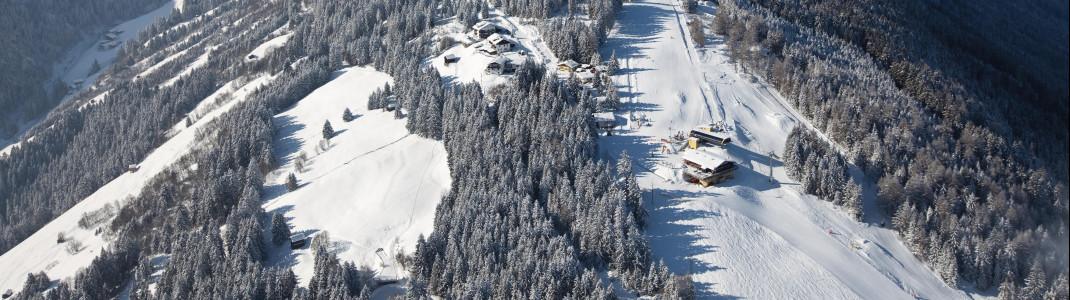 Blick auf das Skigebiet am Rangger Köpfl.