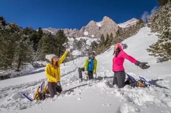 Spaß im Schnee vor traumhafter Dolomiten-Kulisse