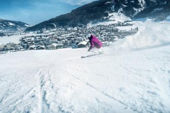 Beliebt bei Familien: Das Skigebiet am Maiskogel mit seinen vielen blauen Abfahrten.