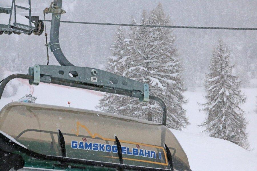 Die skigebiete versinken im schnee skigebiete test magazin - Office du tourisme wengen ...