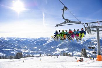 In der SkiWelt Wilder Kaiser - Brixental findet garantiert jeder geeignete Pisten. Perfekt für einen Skitrip unter Freunden!
