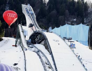Die zweite Station: die Schanze des Skiclubs Partenkirchen.