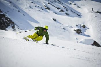 Auch das eigene Fahrkönnen ist für die Skilänge entscheidend.