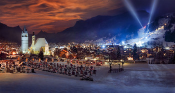 Kitzbühel is where VIPs and locals party until late in the night.