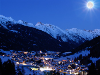 St. Anton is another outstanding après hot spot!