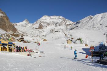Winterdeal Zimmer mit Halbpension und Wintercard ( Saison Skipass für das ganze Saastal)