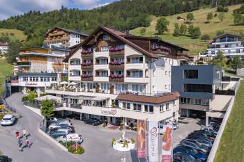 Romantik & Spa Alpen-Herz - Direkt neben der Seilbahnstation in Ladis