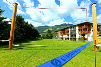 alpen domicil mit slackline park