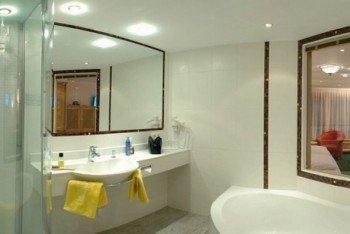 Badezimmer Doppelzimmer De Luxe