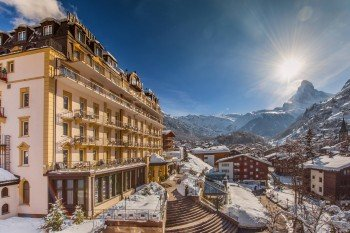 Das Parkhotel Beau Site mit einmalig schöner Aussicht auf Zermatt und das Matterhorn