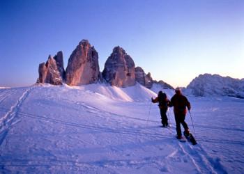 Schneschuhwandern zu den Drei Zinnen