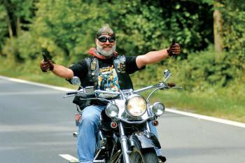Motorradfahrer herzlich willkommen!