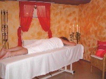 Massage und Kosmetik