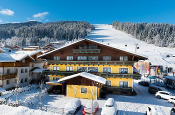 B&B Hotel DIE BERGQUELLE - Direkt an der Skipiste am Achterjet in Flachau