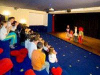 Kindertheater, Kino