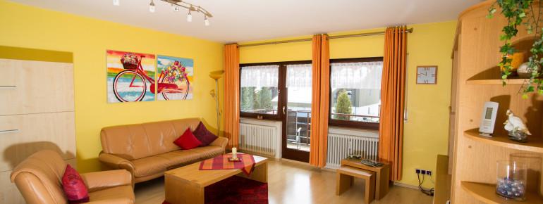 das sonnengelbe Wohnzimmer