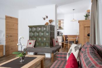 Kachelofen im Apartment Karwendel
