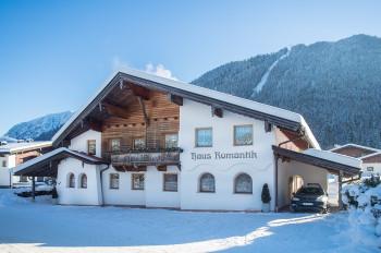Haus Romantik - Ferienwohnungen am Achensee