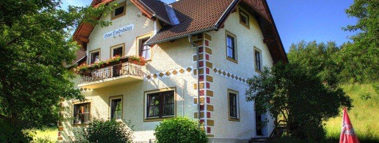 Villa Löcker ***
