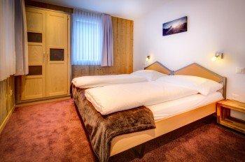 Schlafzimmer Alpine Lodge
