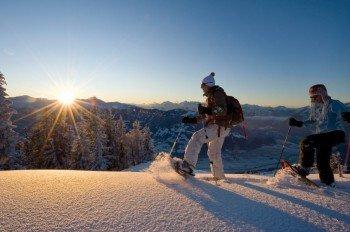 Schneeschuhwandern in den Tiroler Bergen