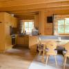 Wohnküche mit Holzofen