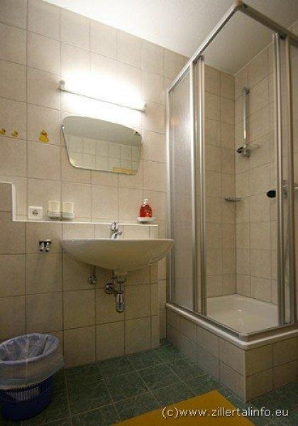 bilder fw kathrin kaltenbach bildergalerie fotos. Black Bedroom Furniture Sets. Home Design Ideas