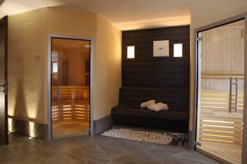 Ansicht Sauna mit wärme Bank