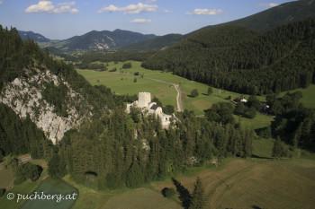 Burgruine Losenheim mit Blick nach Puchberg
