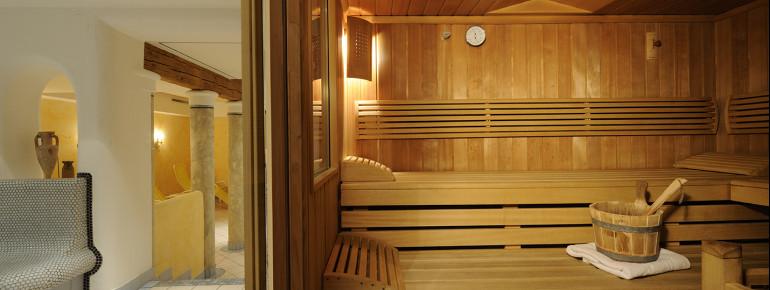 Der Wellnessbereich im Hotel Blattlhof mit Finnischer Sauna und Dampfbad