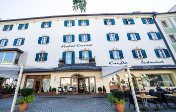 Hotel Corso Bruneck im Sommer