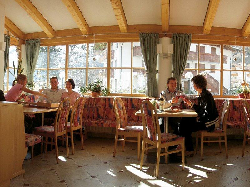Outdoor Küche Hofer : Hotel hofer restaurant in pfitsch u angebote u zimmer u verfügbarkeit