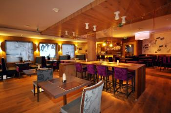 Frühstücksraum mit Panoramablick