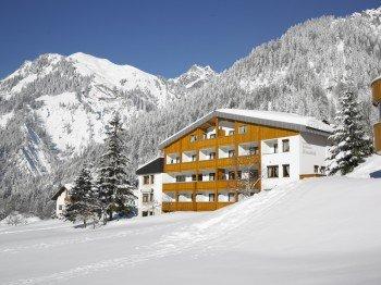 Hotel Sonnblick Winteransicht