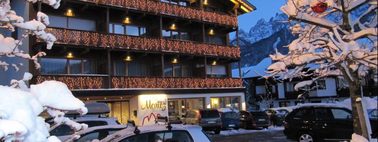 Hotel Moritz im Schnee