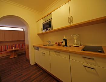 Küche in der Hotelsuite Efeu im Hotel Moser am Weissensee
