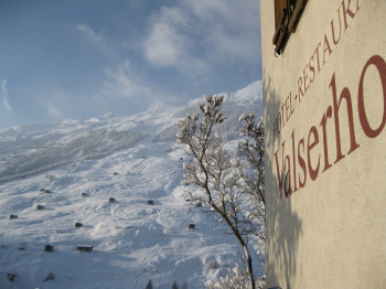 Valserhof im Winter