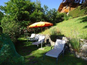 Liegeplätze im Naturgarten