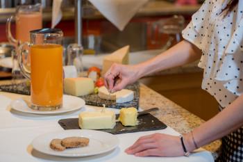 Frühstück im Hotel Walserberg