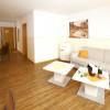 80m; Suite mit 2 Schlafzimmern für 4 Erwachsene