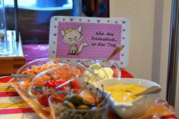 Reichhaltiges Frühstücksbuffet mit Bioecke