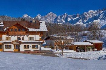 Brandstätterhof im Winter