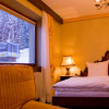 Doppelzimmer mit Blick auf BergbahnLech-Oberlech