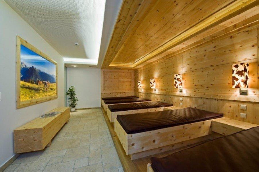 Skihotel Gratz in Grossarl • Angebote • Zimmer • Verfügbarkeit