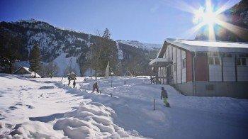 Bei guten Schneeverhältnissen ist die Abfahrt bis zur Unterkunft möglich!