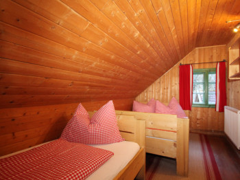 Die kleinen Zimmer der Hütte sind zwar eng aber sehr kuschelig.