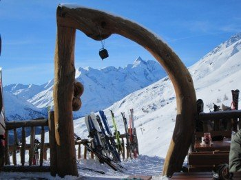 Urige Skihütten laden zum Einkehrschwung ein !