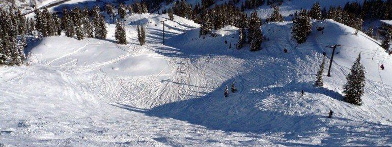 "Steep off-piste terrain at the ""Wildcat"""